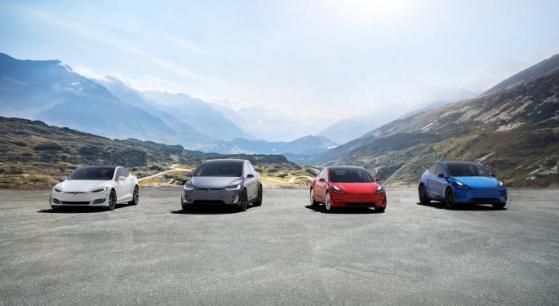 Tesla cambia su estrategia minorista para recortar costes